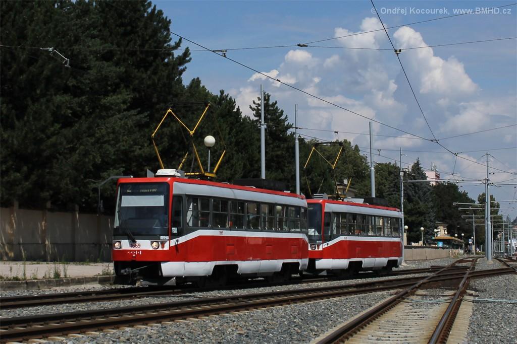 Fotogalerie » ČKD DS T3RF 1669 | ČKD DS T3RF 1670 | Brno | Štýřice | Vídeňská