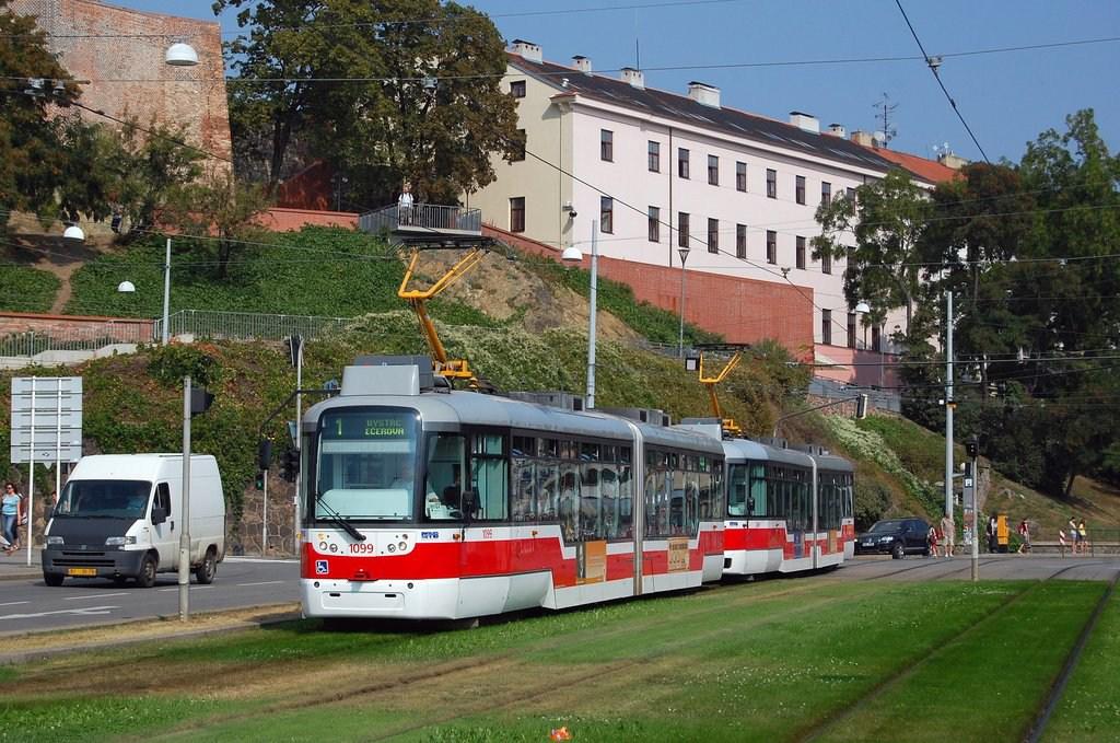 Fotogalerie » Pragoimex VarioLF2R.E 1099 | Pragoimex VarioLF2R.E 1069 | Brno | střed | Nové sady