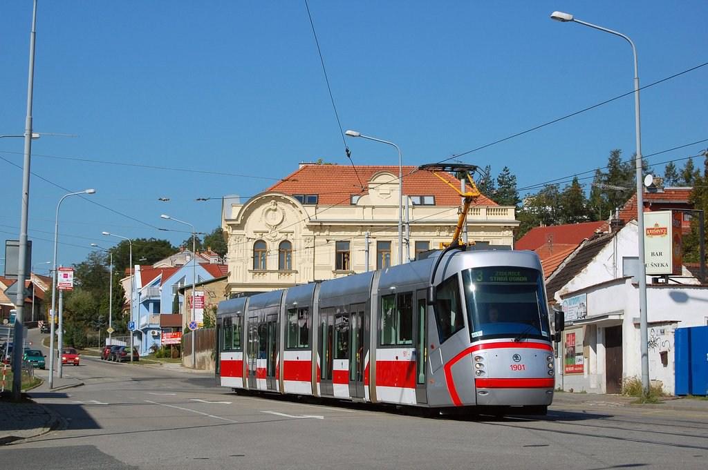 Fotogalerie » Škoda 13T0 1901 | Brno | Žabovřesky | Rosického náměstí