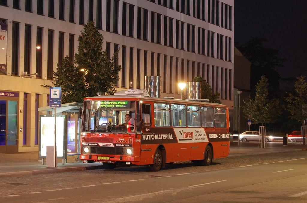 Fotogalerie » Karosa B731.1669 7409 | Brno | Trnitá | Úzká | Úzká