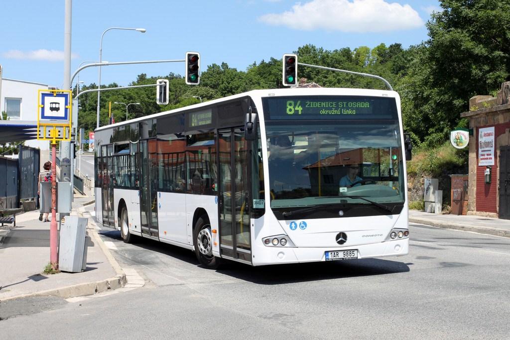 Fotogalerie » Mercedes-Benz Conecto 12M 1AR 9885 2713 | Brno | Královo Pole | Křižíkova | Ústav Kociánka