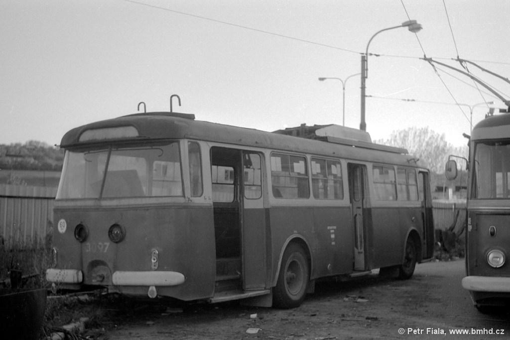 Fotogalerie » Škoda 9Tr20 3097 | Brno | Vozovna Slatina