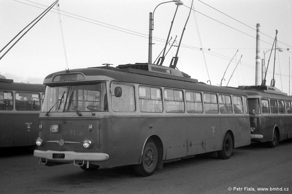 Fotogalerie » Škoda 9TrHT26 3126 | Brno | Vozovna Slatina