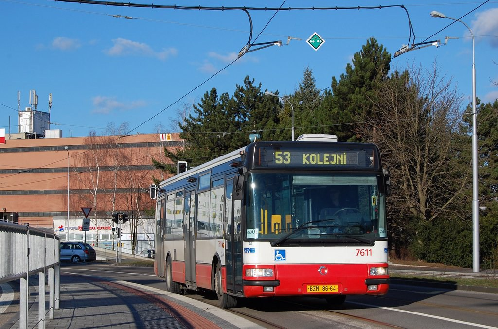 Fotogalerie » Irisbus Citybus 12M 2071.30 7611 | Brno | Královo Pole | Purkyňova | Technické muzeum