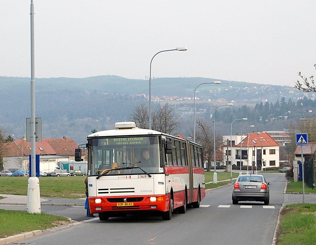 Fotogalerie » Karosa B961.1970 2369 | Brno | Bystrc | Páteřní | Kubíčkova
