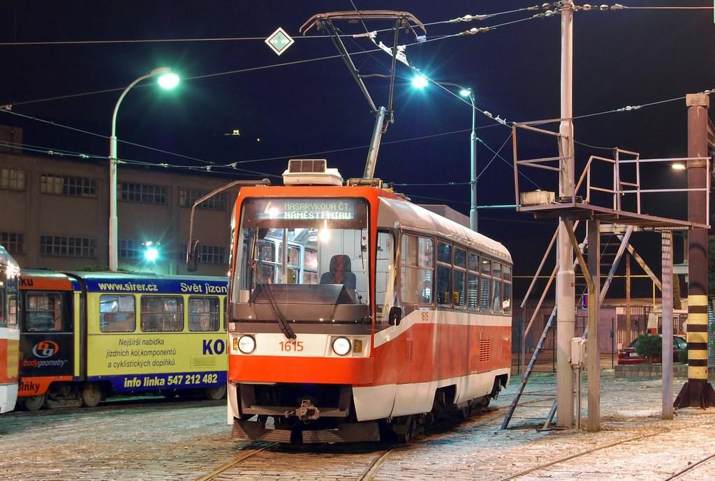 Fotogalerie » ČKD Tatra T3R 1615 | Brno | vozovna Pisárky