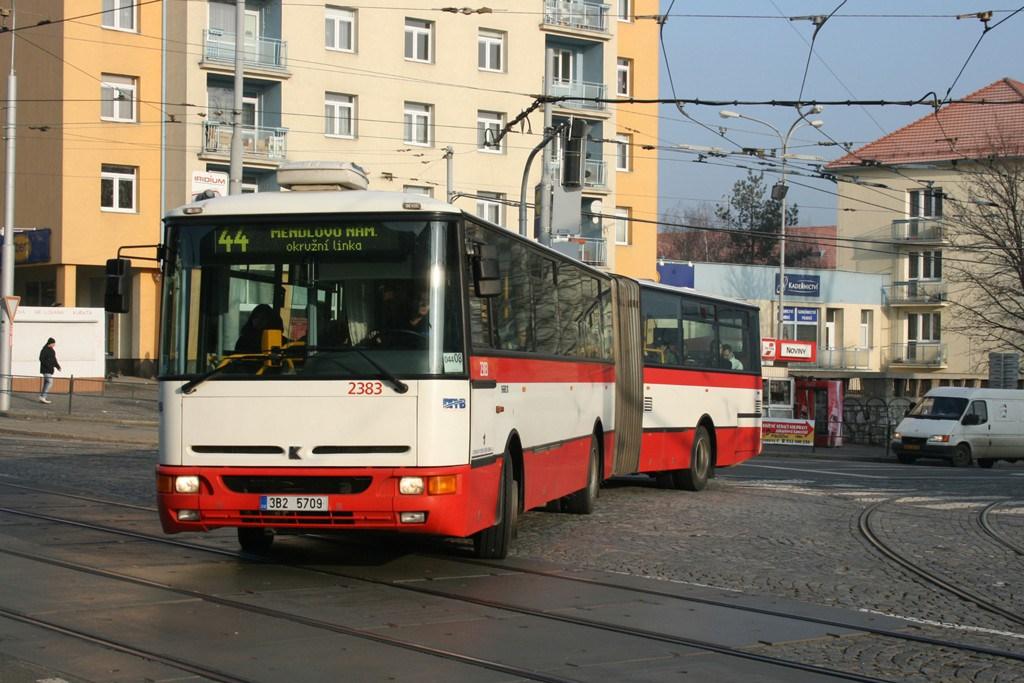 Fotogalerie » Karosa B961E.1970 2383 | Brno | Královo Pole | Kosmova