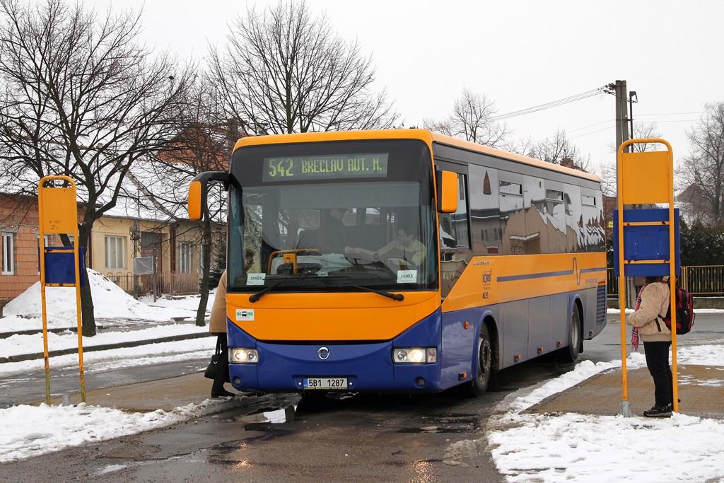 Fotogalerie » Irisbus Crossway 12M 5B1 1287 | Velké Bílovice | Lipová | Velké Bílovice, autobusové nádraží