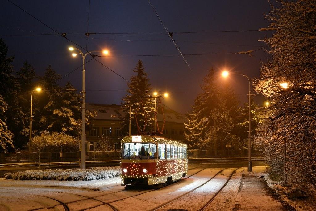 Fotogalerie » ČKD Tatra T3 1525 | Brno | Medlánky | Hudcova | Vozovna Medlánky