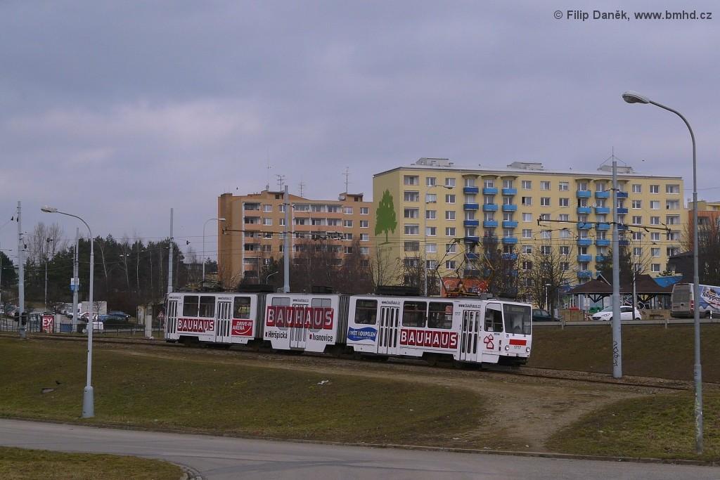 Fotogalerie » ČKD Tatra KT8D5R.N2 1717 | Brno | Bystrc | Vejrostova