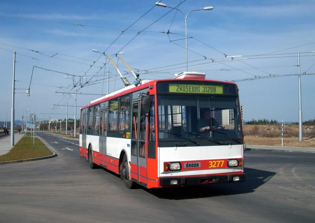 Fotogalerie » Škoda 14TrR 3277 | Brno | Bohunice | Netroufalky