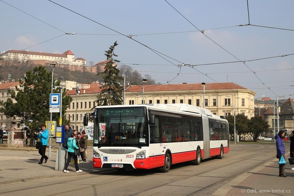Fotogalerie » Iveco Urbanway 18M CNG 1BT 8143 2023 | Brno | Staré Brno | Mendlovo náměstí | Mendlovo náměstí