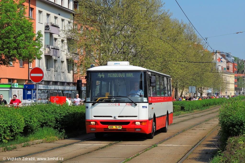 Fotogalerie » Karosa B931E.1707 BSH 16-28 7466 | Brno | Staré Brno | Nové sady