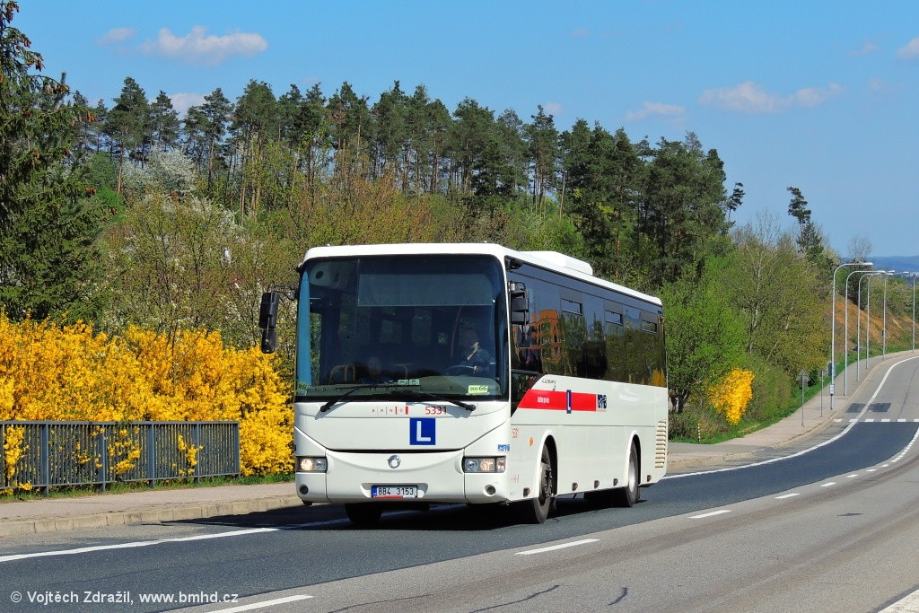 Fotogalerie » Irisbus Crossway 12M 8B4 3153 5331 | Brno | Bystrc | Vejrostova