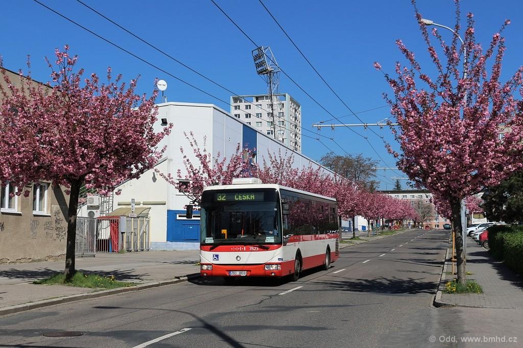 Fotogalerie » Irisbus Crossway LE 12M 7B3 3933 7823 | Brno | Královo Pole | Srbská