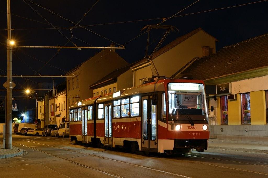Fotogalerie » ČKD Tatra K2R 1066 | Brno | Židenice | Táborská | Geislerova