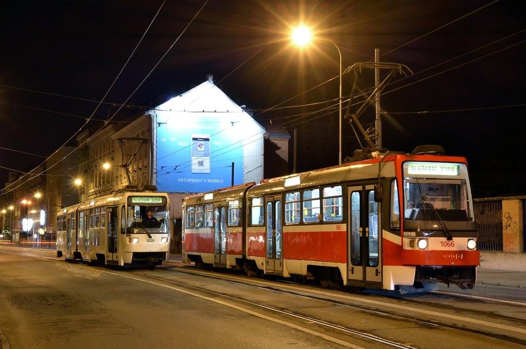 Fotogalerie » ČKD Tatra K2R 1066 | ČKD Tatra K2R 1028 | Brno | střed | Křenová