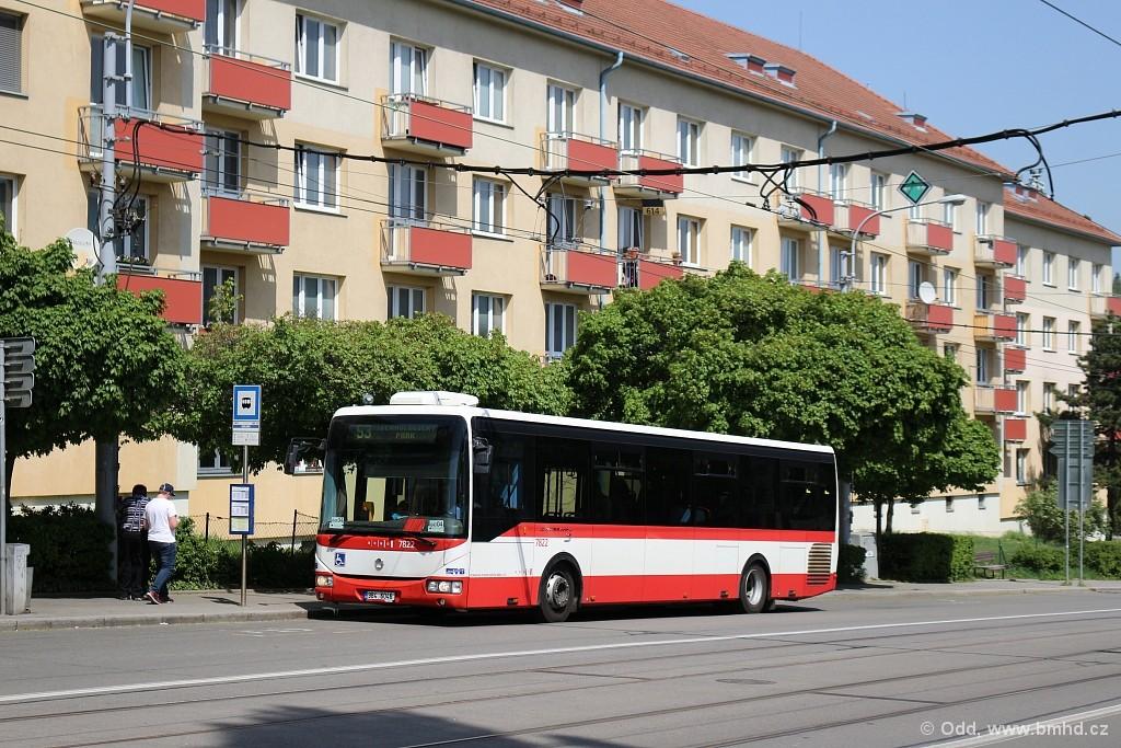 Fotogalerie » Irisbus Crossway LE 12M 7B3 3932 7822 | Brno | Královo Pole | Kosmova | Semilasso