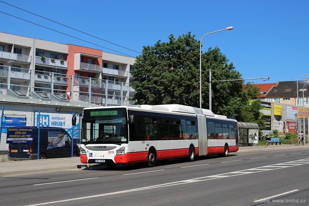 Fotogalerie » Iveco Urbanway 18M CNG 1BT 8139 2019 | Brno | Černovice | Hladíkova | Tržní