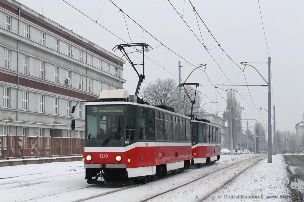 Fotogalerie » ČKD DS T6A5 1219 | ČKD DS T6A5 1220 | Brno | Černá Pole | třída Generála Píky