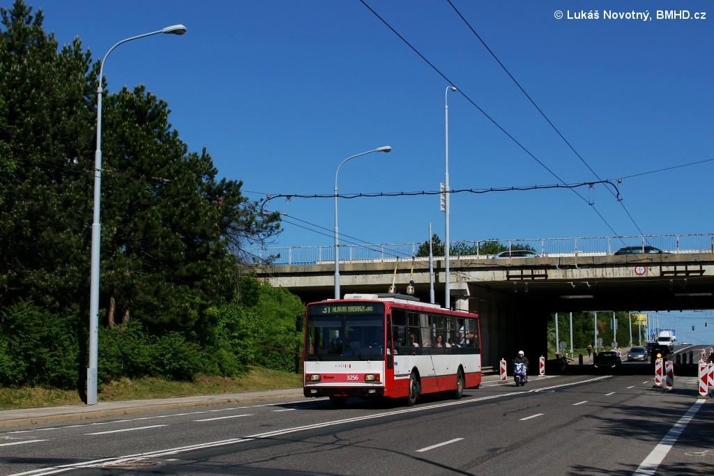 Fotogalerie » Škoda 14TrR 3256 | Brno | Černovice | Olomoucká