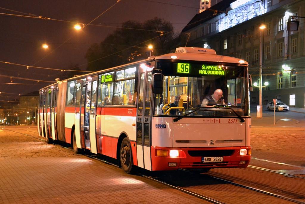 Fotogalerie » Karosa B961E.1970 4B0 2528 2377 | Brno | střed | Nádražní | Hlavní nádraží