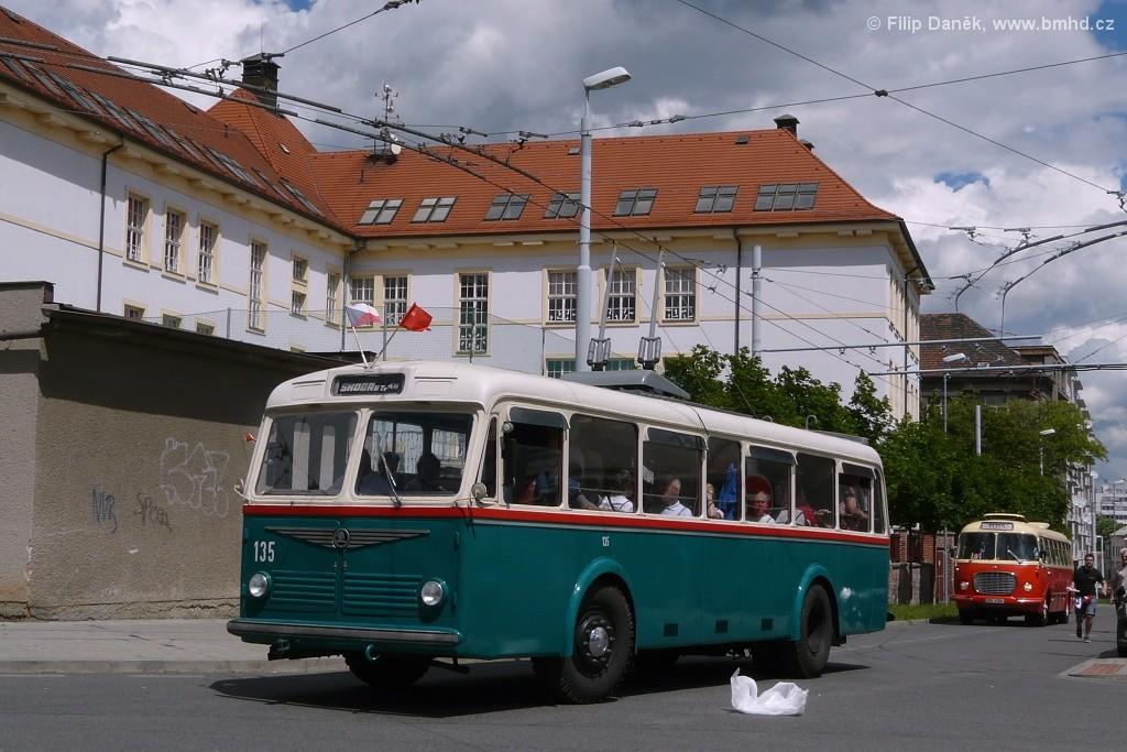 Fotogalerie » Škoda 6Tr2 135   Plzeň   Černická
