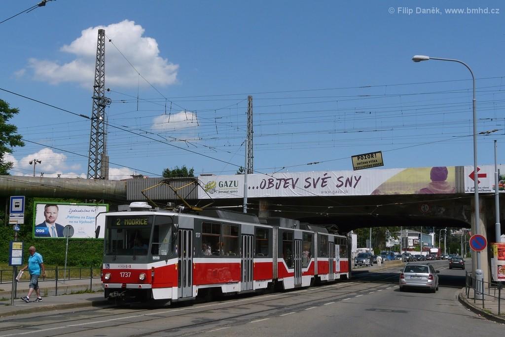 Fotogalerie » ČKD Tatra KT8D5R.N2 1737 | Brno | Židenice | Bubeníčkova | Kuldova