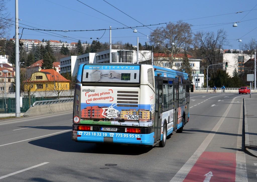Fotogalerie » Irisbus Citybus 12M 2071.40 3B2 8598 7626 | Brno | Pisárky | Pisárecká