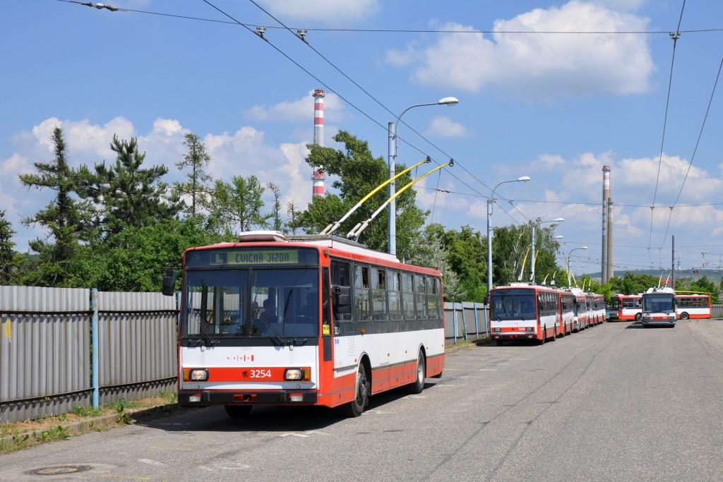 Fotogalerie » Škoda 14TrR 3254 | Brno | Slatina | vozovna Slatina