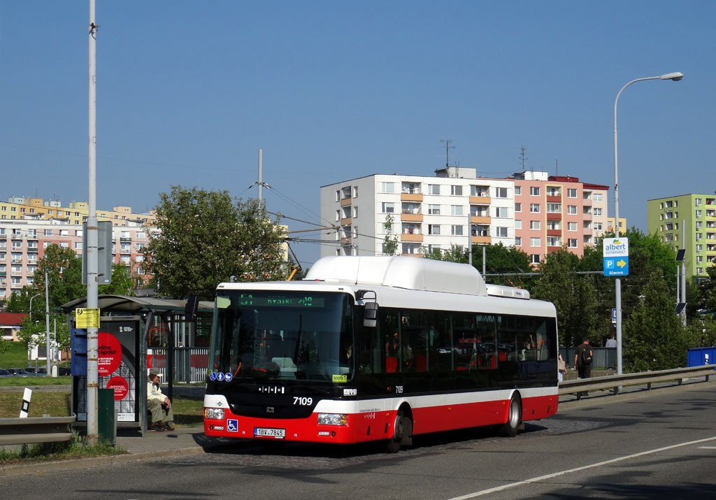 Fotogalerie » SOR NBG 12 1BV 7845 7109 | Brno | Bystrc | Vejrostova | Ečerova