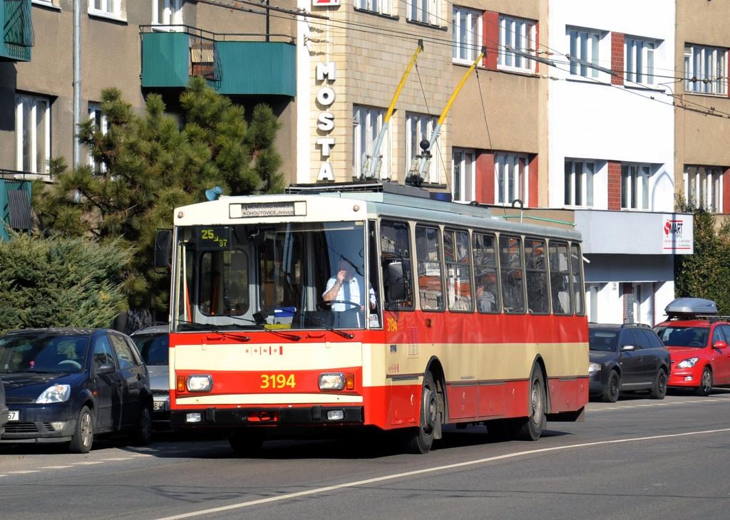 Fotogalerie » Škoda 14Tr07 3194 | Brno | Černá Pole | Provazníkova