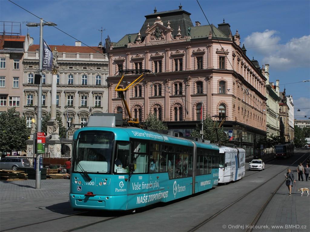 Fotogalerie » Pragoimex VarioLF2R.E 1100 | Pragoimex VarioLFR.E 1605 | Brno | střed | náměstí Svobody