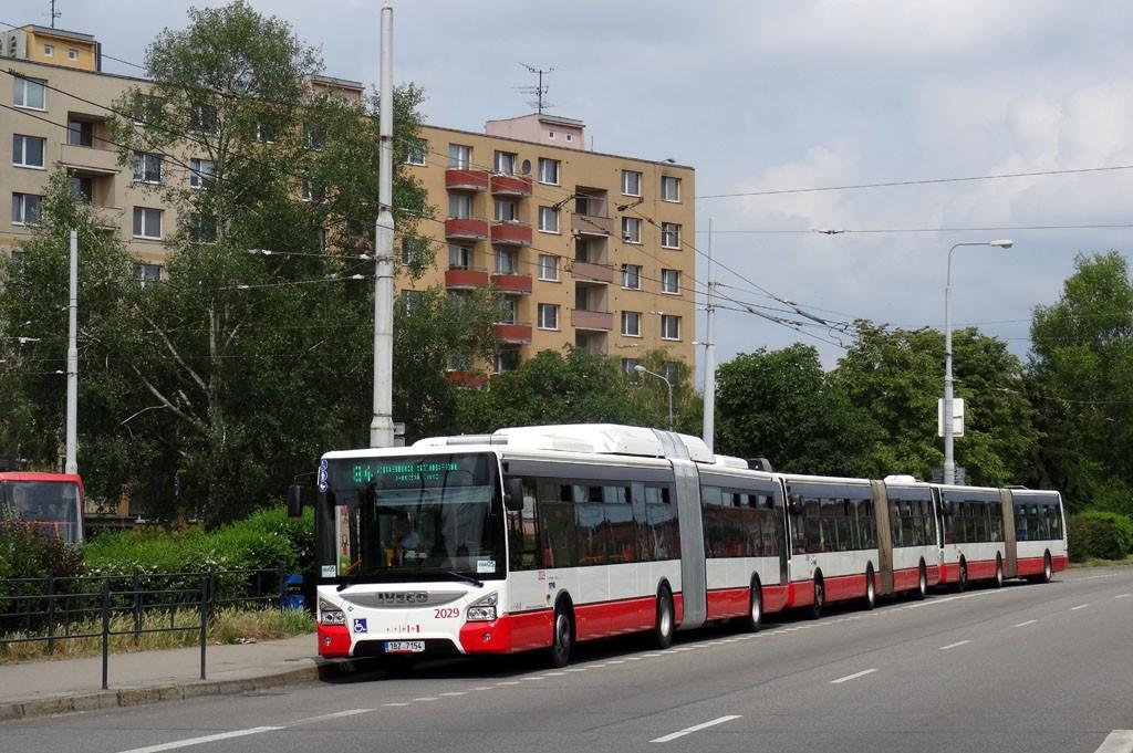 Fotogalerie » Iveco Urbanway 18M CNG 1BZ 7154 2029   Brno   Židenice   Svatoplukova   Stará Osada