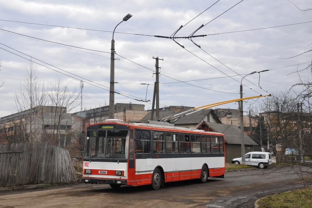 Fotogalerie » Škoda 14Tr10/6 182 | Khryplyn | Avtolyvmashivska | Yunosti vulytsya