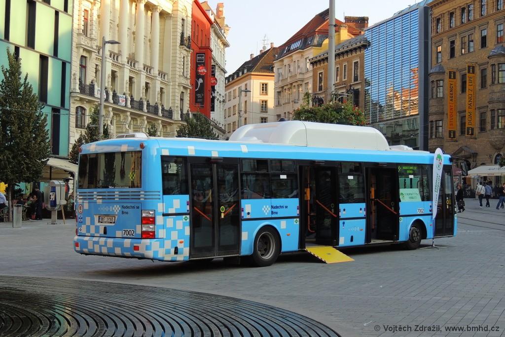 Fotogalerie » SOR NBG 12 9B7 9165 7002 | Brno | střed | náměstí Svobody