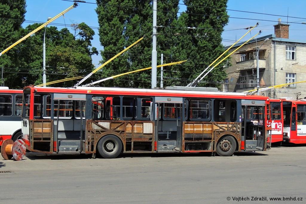 Fotogalerie » Škoda 14TrR 3228 | Brno | Husovice | vozovna Husovice