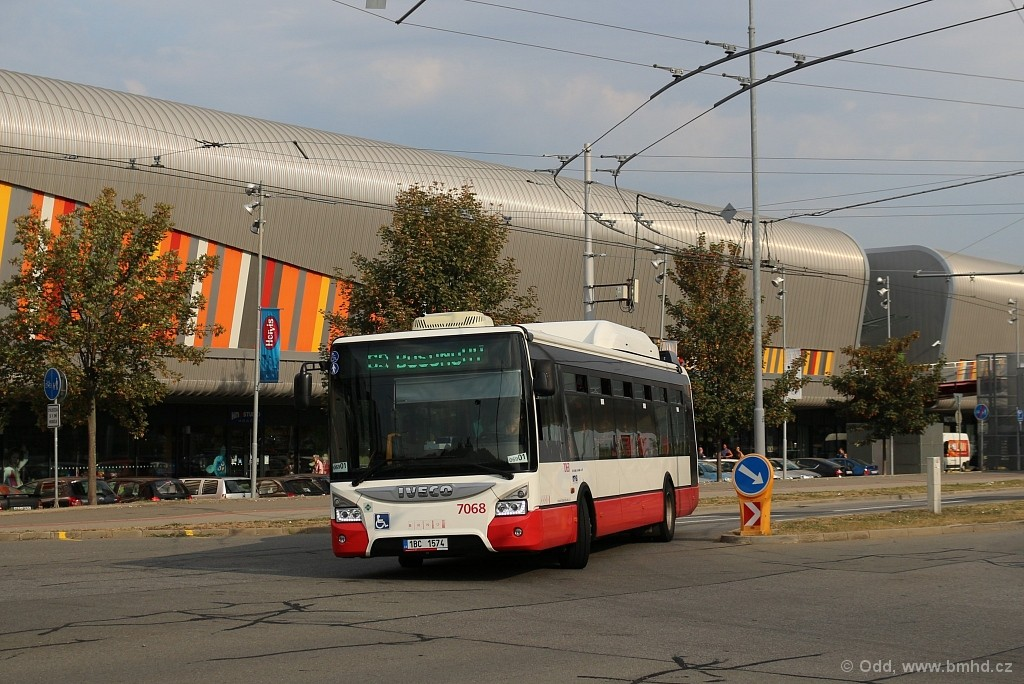 Fotogalerie » Iveco Urbanway 12M CNG 1BC 1574 7068   Brno   Bohunice   Netroufalky