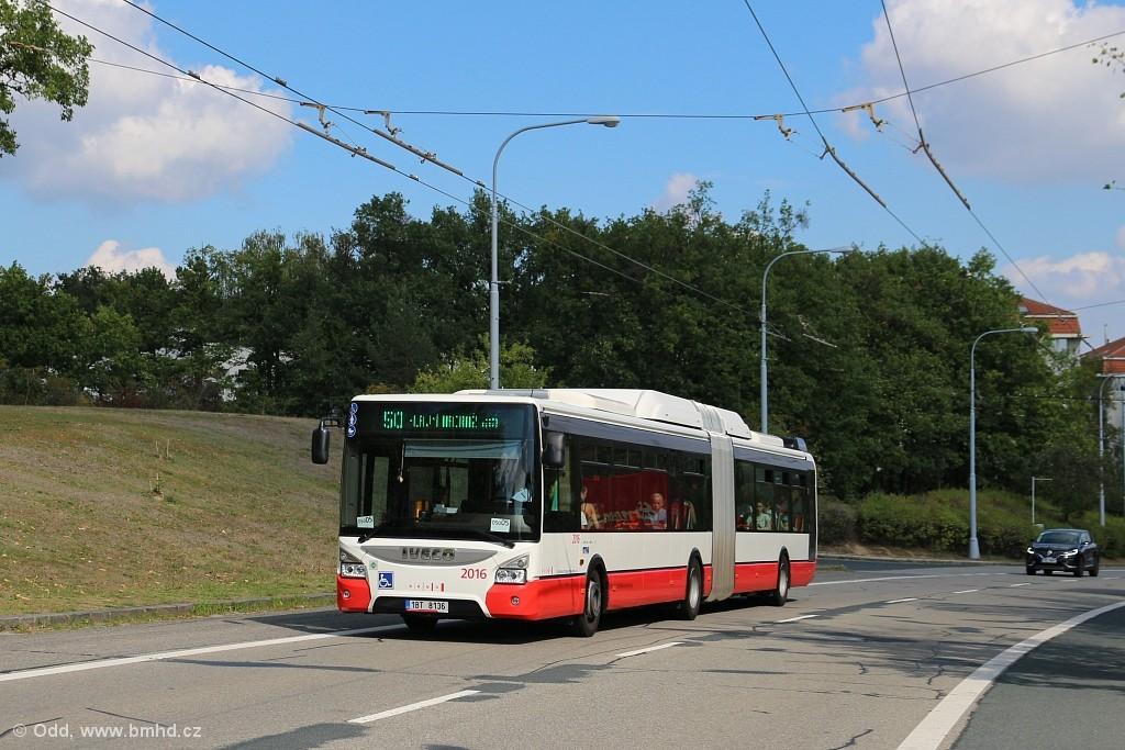 Fotogalerie » Iveco Urbanway 18M CNG 1BT 8136 2016 | Brno | Kohoutovice | Libušina třída