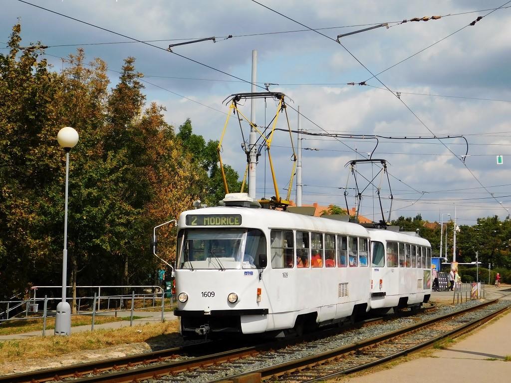 Fotogalerie » ČKD Tatra T3G 1609   ČKD Tatra T3G 1621   Brno   Židenice   Stará Osada