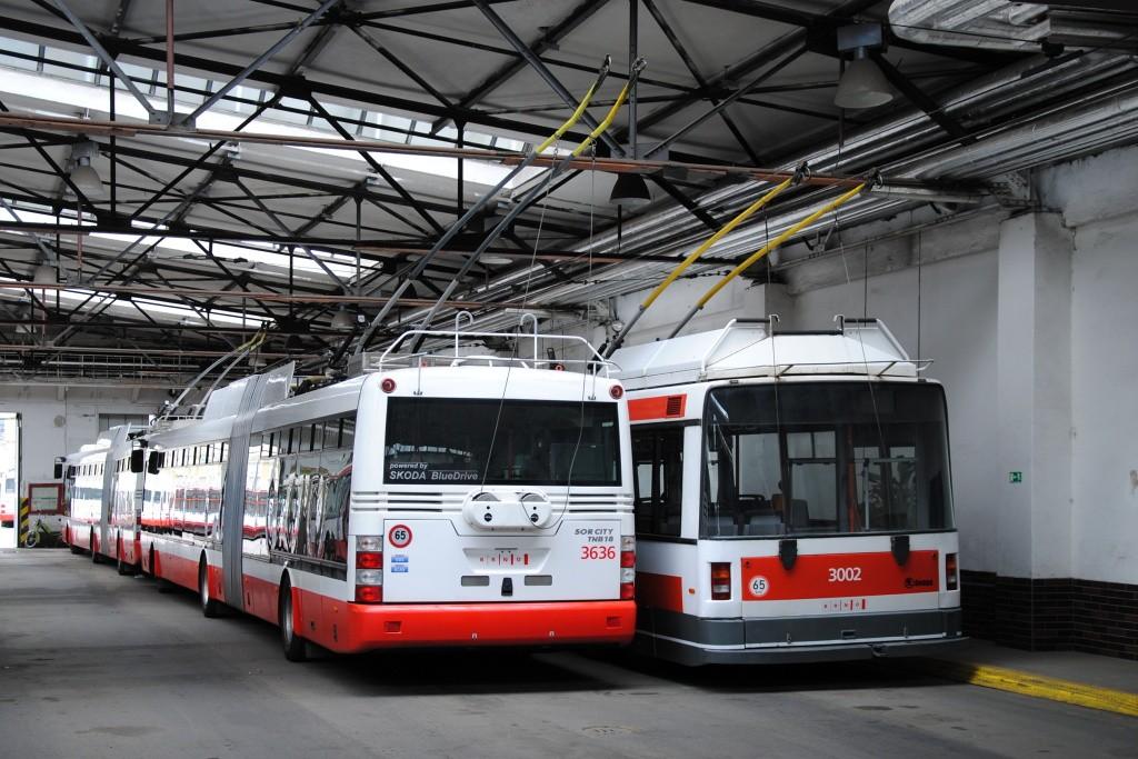 Fotogalerie » Škoda 31Tr 3636 | Škoda 21Tr 3002 | Brno | Husovice | vozovna Husovice