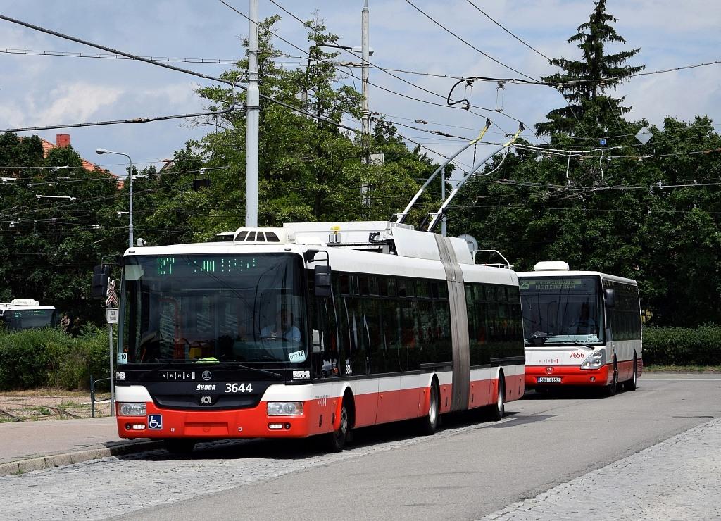 Fotogalerie » Škoda 31Tr 3644 | Irisbus Citelis 12M 6B6 6852 7656 | Brno | Židenice | Stará Osada