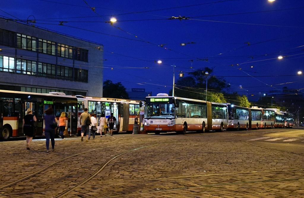 Fotogalerie » Irisbus Citelis 18M 6B6 6834 2621 | Brno | střed | Nádražní | Hlavní nádraží
