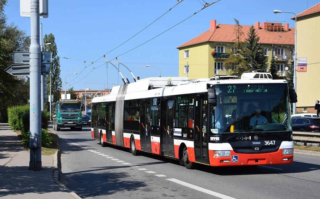 Fotogalerie » Škoda 31Tr 3647 | Brno | Židenice | Svatoplukova