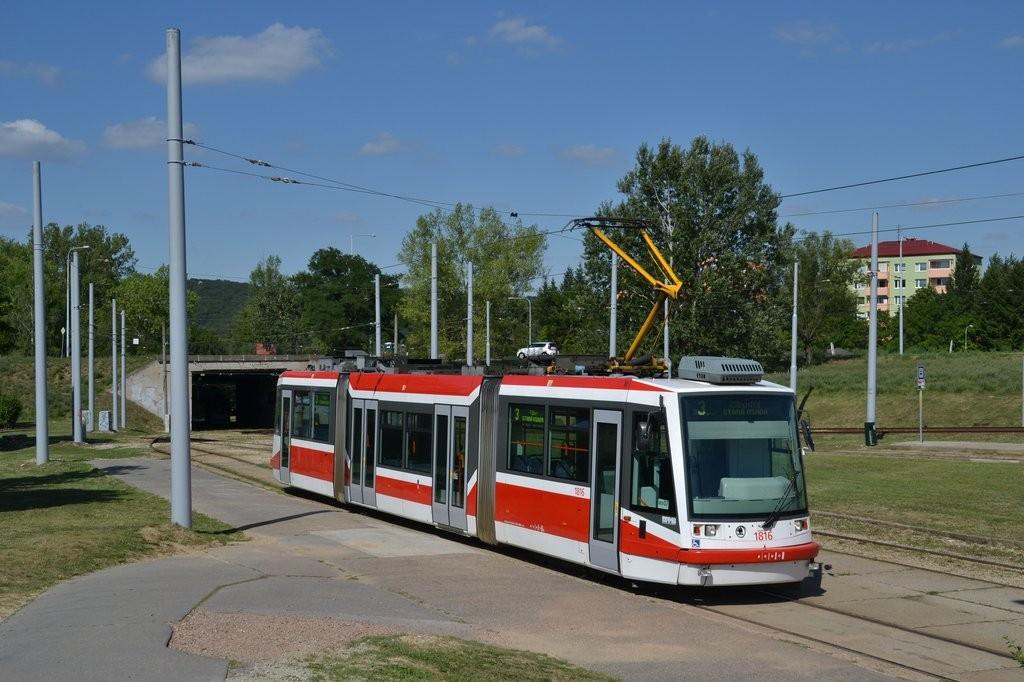 Fotogalerie » Škoda 03T6 1816 | Brno | Bystrc | Rakovecká | Rakovecká, smyčka