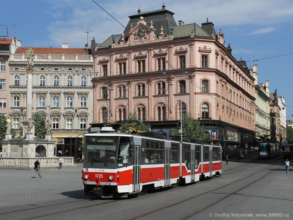 Fotogalerie » ČKD Tatra KT8D5R.N2 1725   Brno   střed   náměstí Svobody