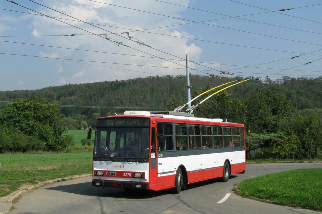 Fotogalerie » Škoda 14Tr17/6M 3270 | Brno | Komín | Řezáčova | Řezáčova