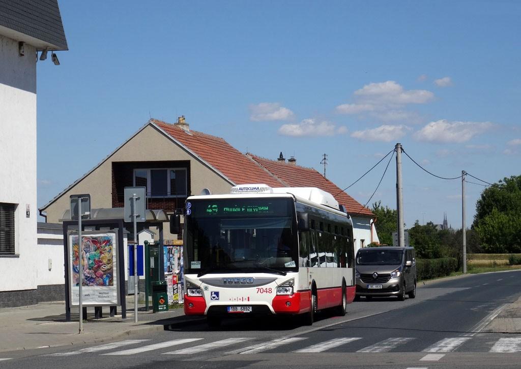 Fotogalerie » Iveco Urbanway 12M CNG 1BB 6892 7048   Brno   Dolní Heršpice   Havránkova   Dolní Heršpice