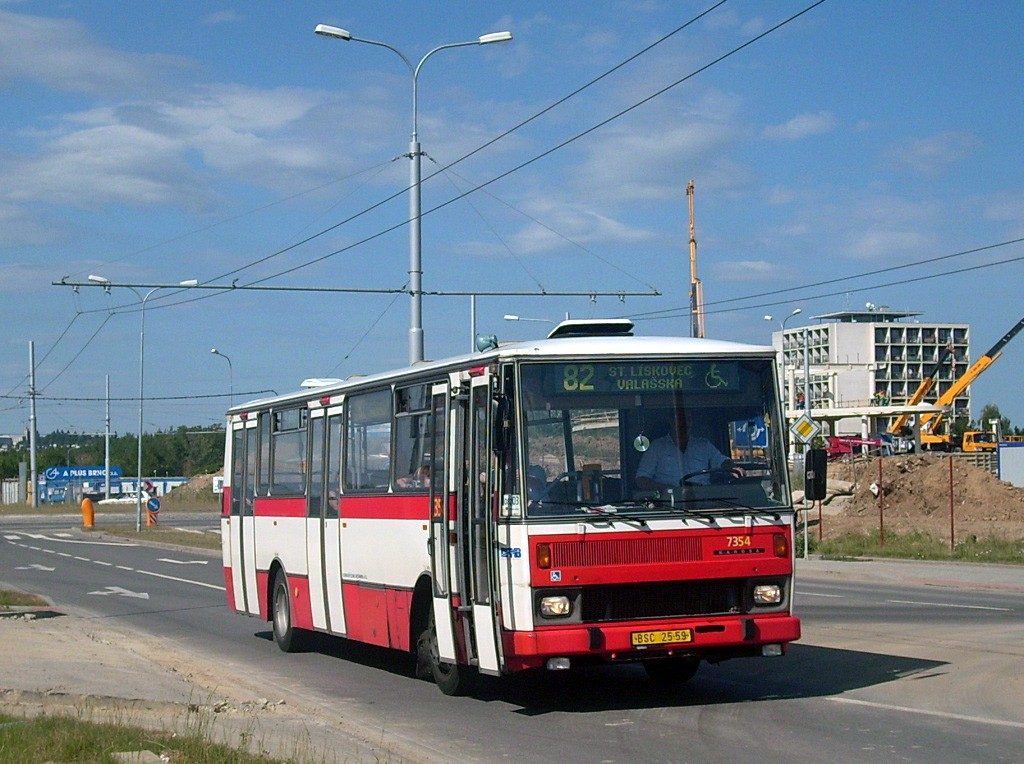 Fotogalerie » Karosa B732 pro invalidy BSC 25-59 7354 | Brno | Bohunice | Kamenice