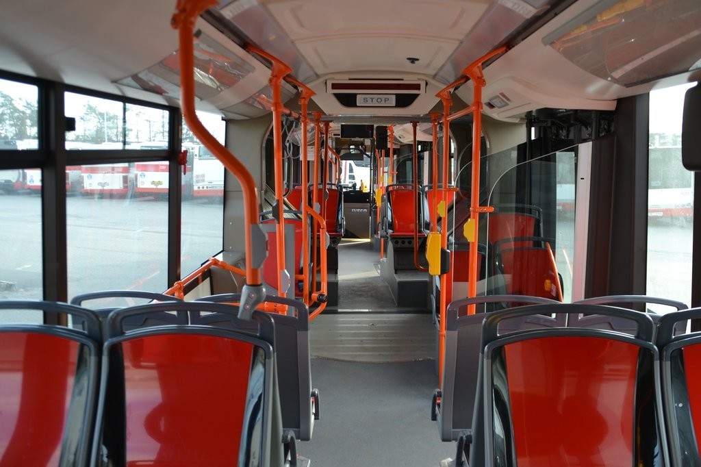 Fotogalerie » Iveco Urbanway 18M CNG 1BT 8134 2014   Brno